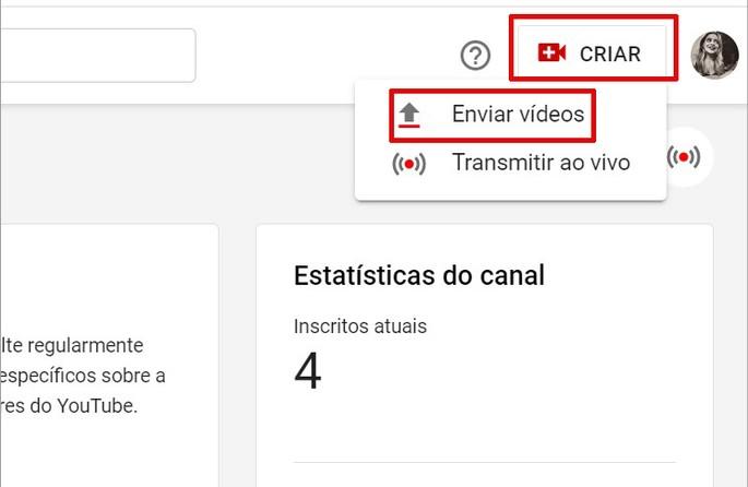 Botón para subir video en YouTube Studio
